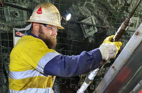 DeviGyro Overshot Xpress used in Diamond core drilling